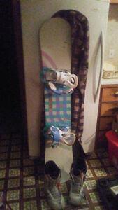 Lady's Burton Board Binding, Boots & Bag.