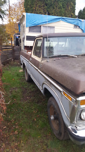 1977 ford 4x4 shortbox  351M 30,000km on rebuild