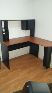 Computer Desk With Hutch 42418