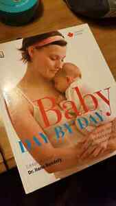 Book- baby day by day Cambridge Kitchener Area image 1