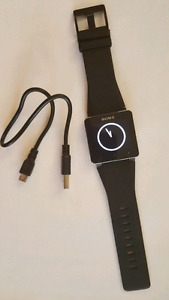 Sony smart watch 2 in excellent condition