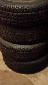 Motomaster snow tires 215/70/16 suv/light truck