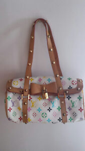 White Purse with Flowers-Bow-Lock-Ex Cond