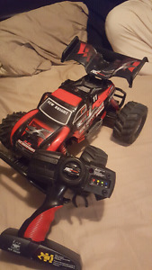 Great scorpion rc car for sale or trade best offer takes it