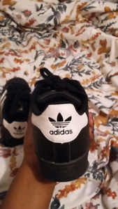 Trendy adidas shoes for sale
