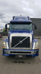 2004 volvo truck for sale with or without job