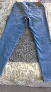Brand new American Eagle Jeggings
