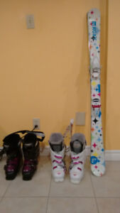 Used girls Roxy Skis and boots for sale in excellent condition.
