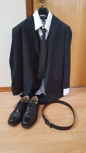 Complete men's suit
