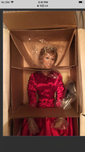 Ashton Drake's Princess Diana Collector Doll: