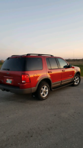 SOLD :) 2002 Ford Explorer XLT $5995 Saftied