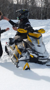 Ski Doo 800 Etec | Kijiji in Saskatoon  - Buy, Sell & Save with
