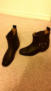 Size 6-7 women's leather boots Peterborough Peterborough Area image 2