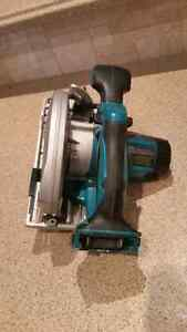 18V LXT, 6 1/2-inch Circular Saw (Tool Only) Kitchener / Waterloo Kitchener Area image 5