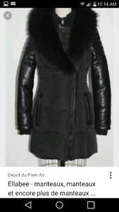 Manteau Hiver pratiquement neuf porter 1 mois environ.