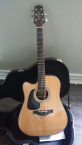 Guitar acoustic gaucher Takamine avec case