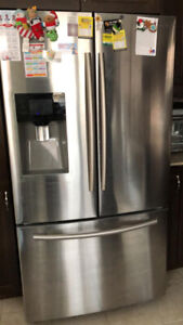 **WELL Maintained** SS SAMSUNG FRENCH DOOR FRIDGE (LIKE NEW)