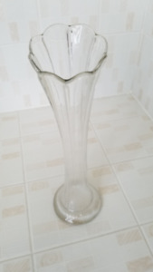 Vintage 1950's Clear Glass Vase