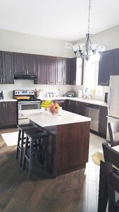 Large 3br unit with a basement bed room and washroom!!!