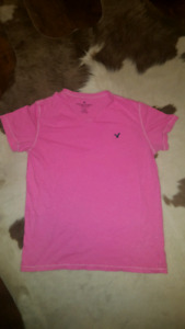 Pink American Eagle t-shirt