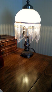 NICE ANTIQUE TABLE LAMP WITH BEADING