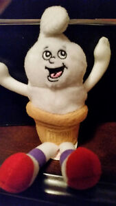 Dairy Queen 1999 Beanie Character