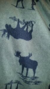 Moose-themed fleece pants, XXL
