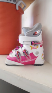 Girls ski boot