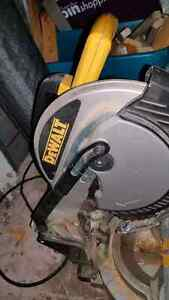 Dewalt saw Peterborough Peterborough Area image 1