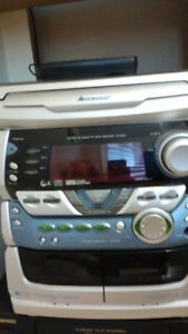 Pioneer XR-A67 Stereo-CD/Cassette/Radio/Aux Receiver & Speakers