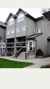 Beautiful 3 storey, 2400 sqft townhouse for rent in Pickering