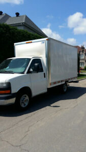 2010 GMC Savana 3500, V8, 4.8 L Truck in Excellent Condition