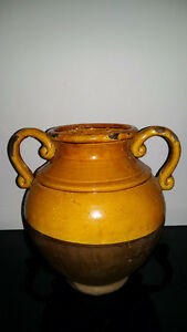 "11"" Gold and Brown Urn"
