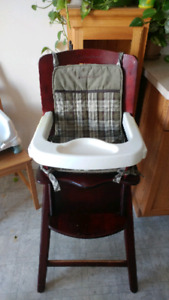 Wood and tray High Chair: Eddie Bauer