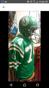 Saskatchewan Roughriders Jersey/Helmet Display