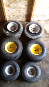 Tractor rims and transmission