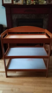 Table a changer/Changing table