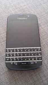 Blackberry Q10 - Great Condition - $80 OBO - Bell