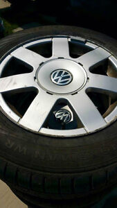 SET OF (4) WINTER TIRES AND RIMS 195/65/R15