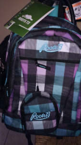 ROOTS Brand New Backpack  w Wallet n tags