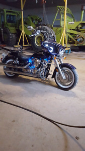 BEAUTIFUL YAMAHA ROADSTAR SILVERADO