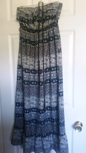 Size medium maxi dresses