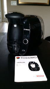 Tassimo Bosch T20 single cup home brewing system (slightly used)
