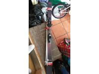 ***HIGH QUALITY LADIES SALOMON LAVA SKIS USED ONCE (151CM) , EXCELLENT CONDITION***