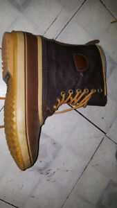 mens boots size 11 new condition