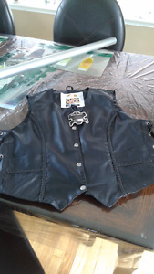 New Lady motorcycle leather vest size 3XL