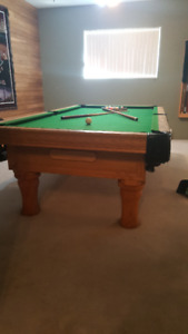 Slate pool table - great condition - 350$