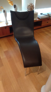 Great Condition Modern Relax Chair