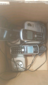 3 set of vtech cordless phones