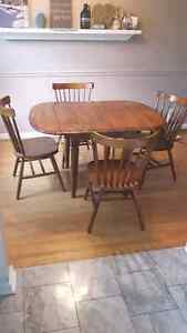 Cute All wood Kitchen Table and 4 chairs